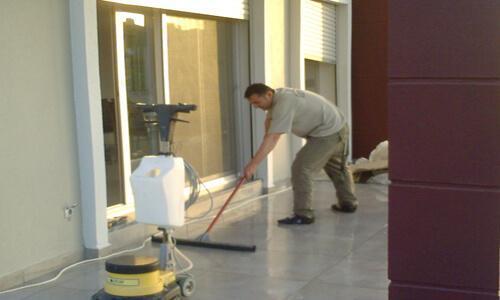 Esenyurt'ta İşyeri Temizliği Yapan Firma